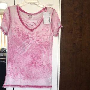 Oakley breast cancer shirt medium NWT